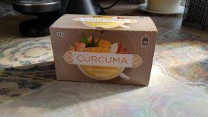 Probando infusión de cúrcuma con manzana y canela de Mercadona
